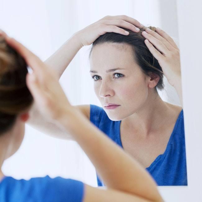Gli ingredienti per combattere i capelli grigi