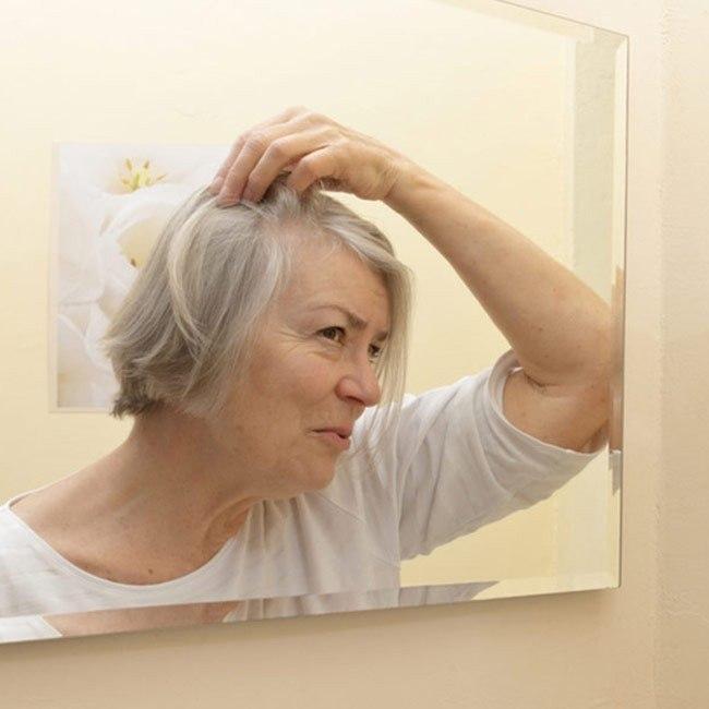 Perchè i capelli diventano grigi?