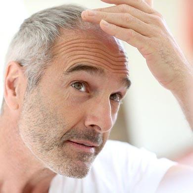 Eliminare i capelli bianchi? Con la proteina WNT si può.